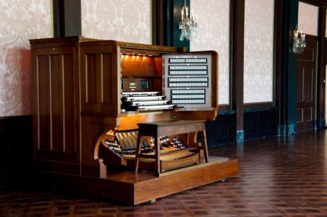 Longwood Organ